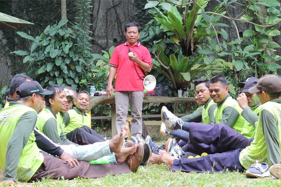 Bangun Kekompakan Team, SMP IT YABIS Ikuti Outbound Bersama