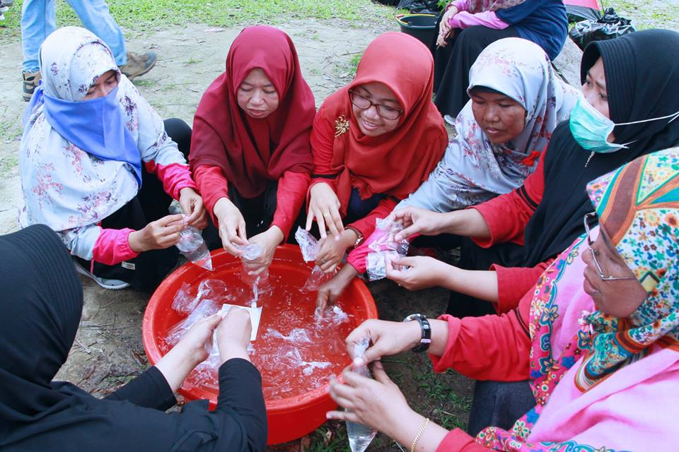 Yayasan Yabis Bangun Team Work Dengan Outbound Team Building